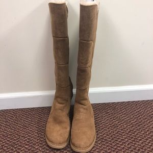 Uggs knee high boots tan size 8.5